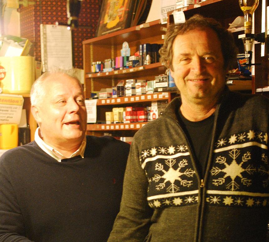 Philippe et Christian derrière le zinc
