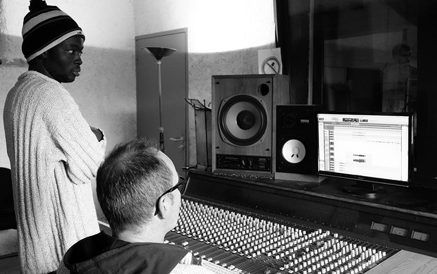 Mad Lenoir et Antoine Livenais au studio Adjololo